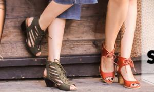 Les addictions des femmes pour les chaussures