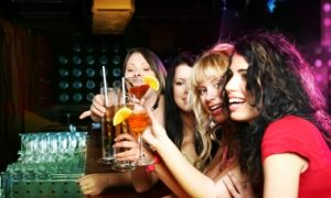 Comment animer une soirée entre copines ?