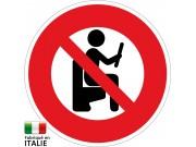 panneau-humour-interdit-de-lire-sur-les-toilettes