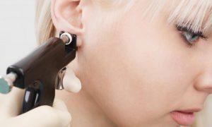 Ce qu'il faut savoir avant de se percer les oreilles